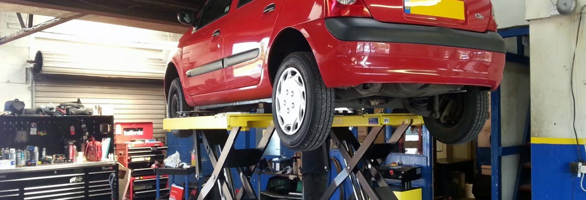 Get the experts to service & maintain your vehicle!